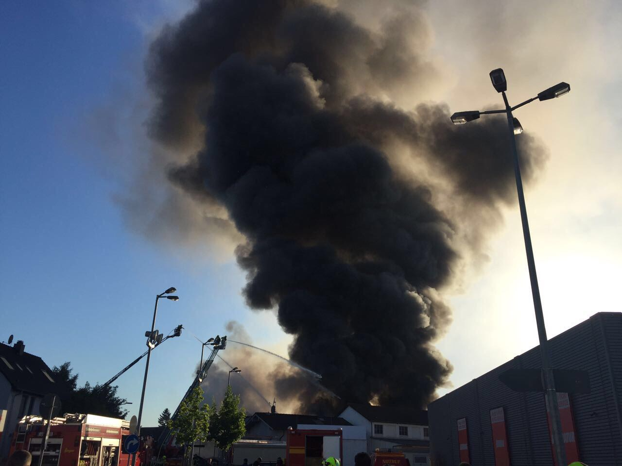 Brand Speyer, 10.6.2017, bei Media Markt - 3