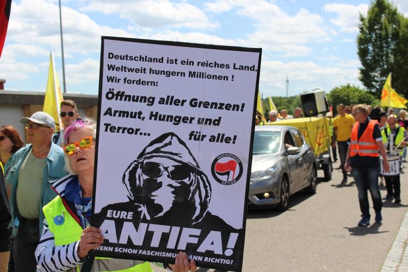 Demo Herxheim Frauenbündnis Kandel -2