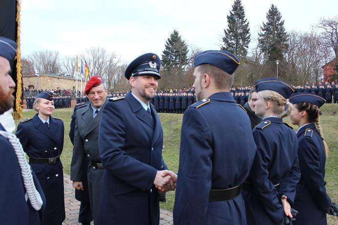 Geloebnis Germersheim 15.12. 2016, Bundeswehr, Suedpfalz-Kaserne, Olboeter 9