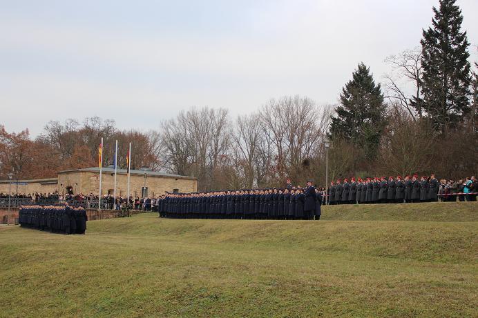 Geloebnis Germersheim 15.12. 2016, Bundeswehr, Suedpfalz-Kaserne, Olboeter