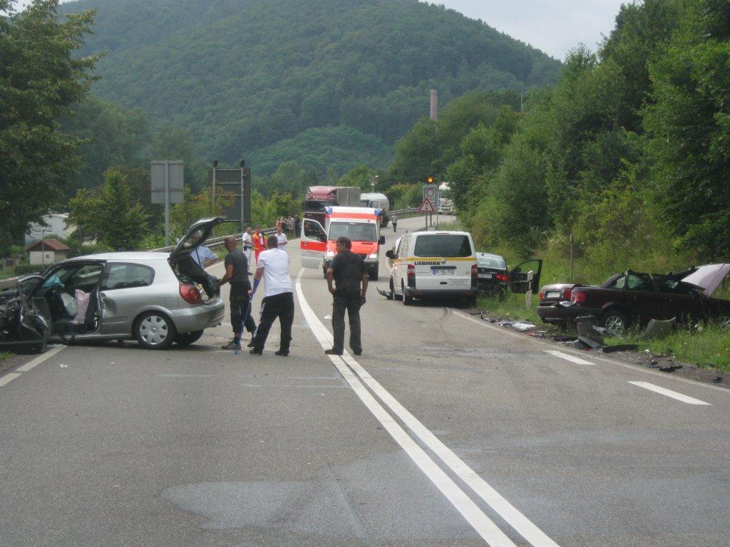 Unfall B10 Landau Heute