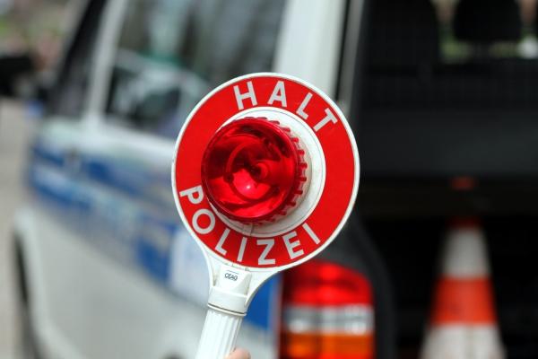 Halt-Kelle der Polizei