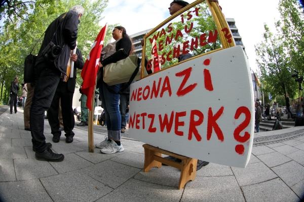 Proteste beim NSU-Prozess vor dem Strafjustizzentrum München