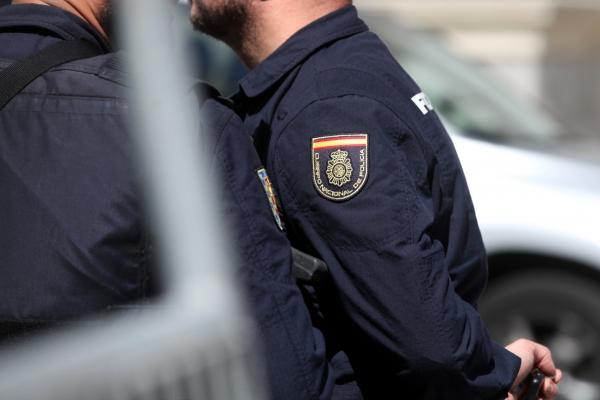 Zwei spanische Polizisten