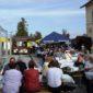 Fest des Federweißen in Kandel - Tische, Menschen
