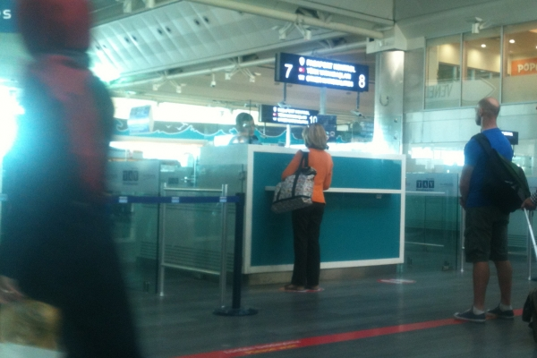 Passkontrolle am Flughafen Istanbul-Atatürk