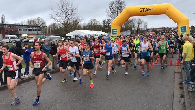 Bienwald Marathon In Kandel Läufer Trotzen Wind Und Wetter Pfalz