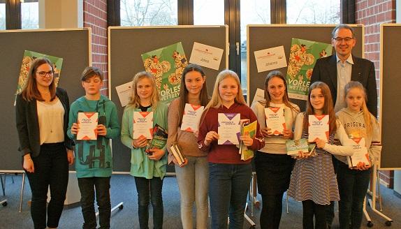 Vorlesewettbewerb des Deutschen Buchhandels: Kim Gutting vom Pamina-Schulzentrum Herxheim gewinnt Kreisentscheid