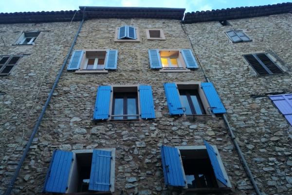 Hausfassade in Südfrankreich